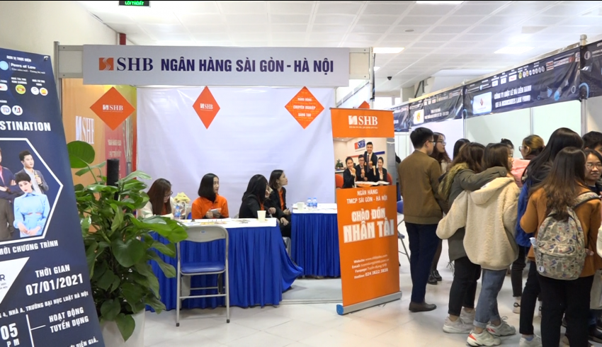 Trường Đại học Luật Hà Nội tổ chức thành công ngày hội việc làm Job Fair 2021